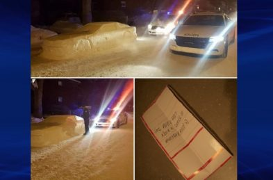 Car snow sculpture by Simon Laprise